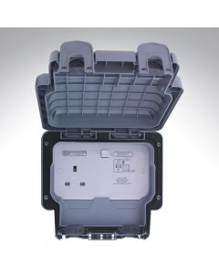 1 Gang Switched Outdoor Socket 13A DP RCD 30mA